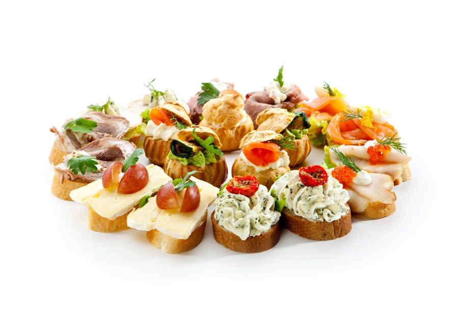 4 Benefits of Opting for Finger Food at Your Wedding